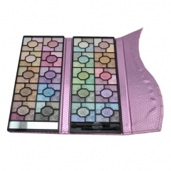 100 warna palet eyeshadow